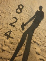 Book Review: 824 By P J G Robbins