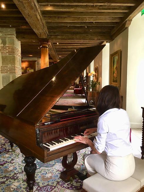 Rajavtar Piano 3