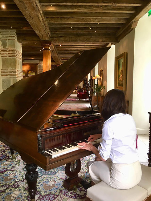 RAJAVTAR ART PIANO COURS CLASSES.jpg