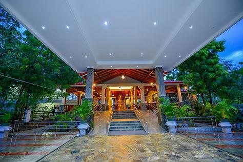 centauria wild hotel