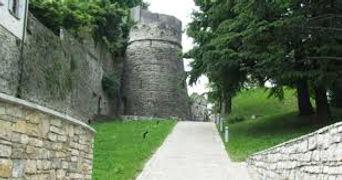 castillo san vigilio.jpeg