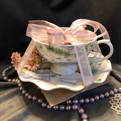 Fortune teller teacup