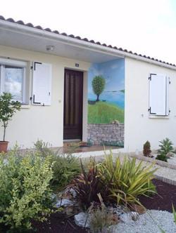 Paesaggio dietro la porta