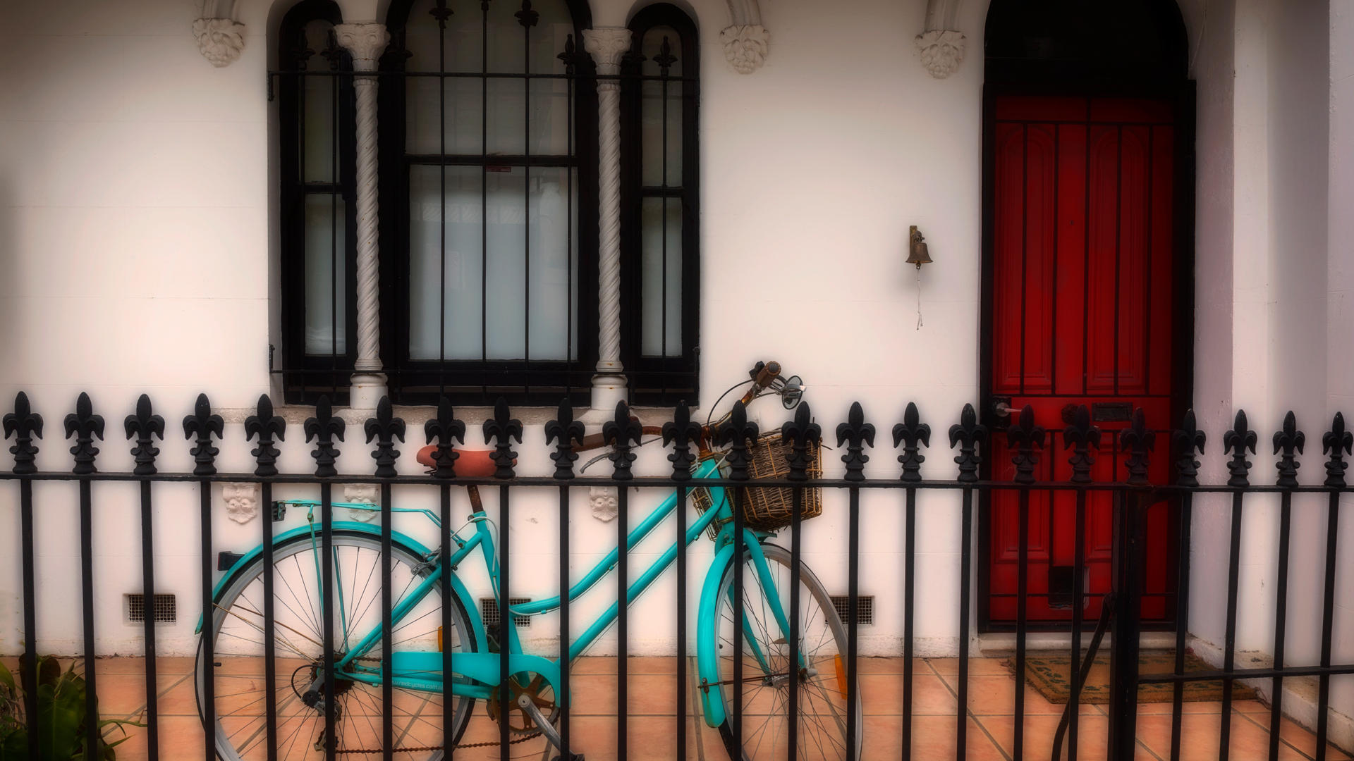 Don_03T3_Bicycle_on_the_Porch