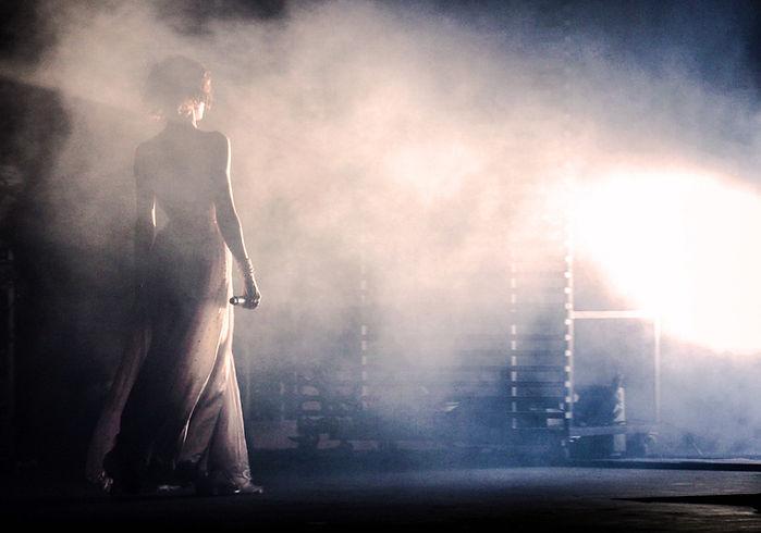 Performer auf Smoky Bühne