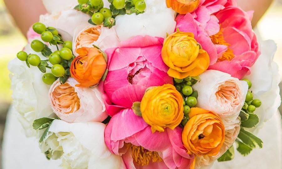 Azalea Floral Design - A Guy + Girl Photography