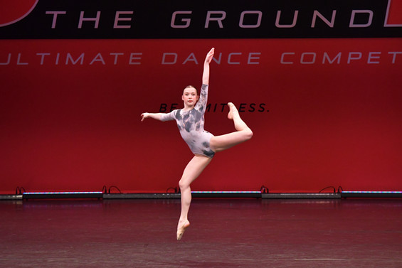 98_The Girl in the Mirror_ABELLA'S SCHOOL OF DANCE_00040.jpg