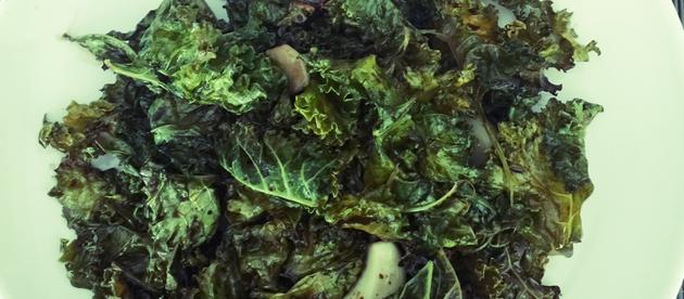 Kale: A Super Quick Snack/Side Recipe