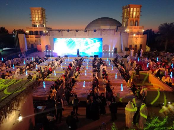 Qasr Al Sultan hotel at Dubai Parks _ Re