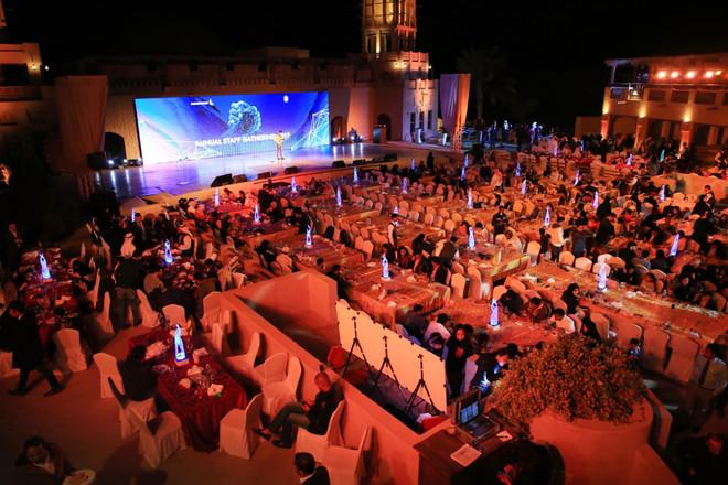 Qasr Al Sultan Hotel, Dubai Parks _ Reso