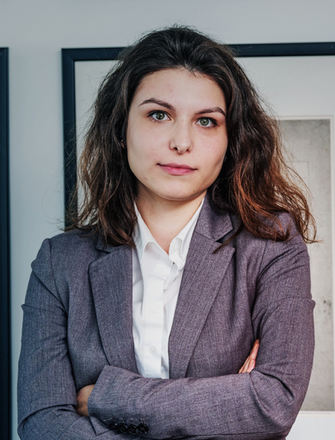 LUCIANA FERNANDES | Assistente Forense