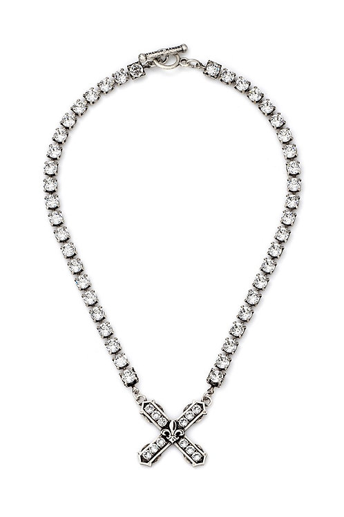 French Kande necklace with swarovski french kiss pendant