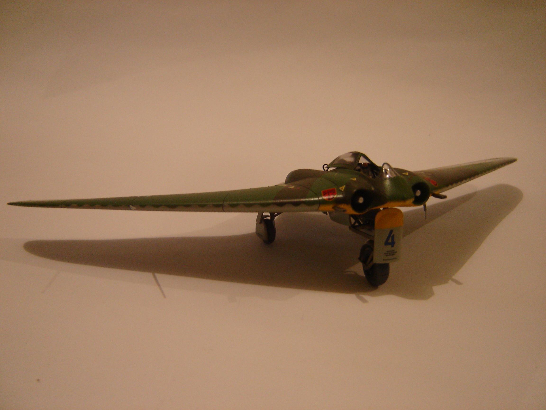 Horte Go-229 (4)