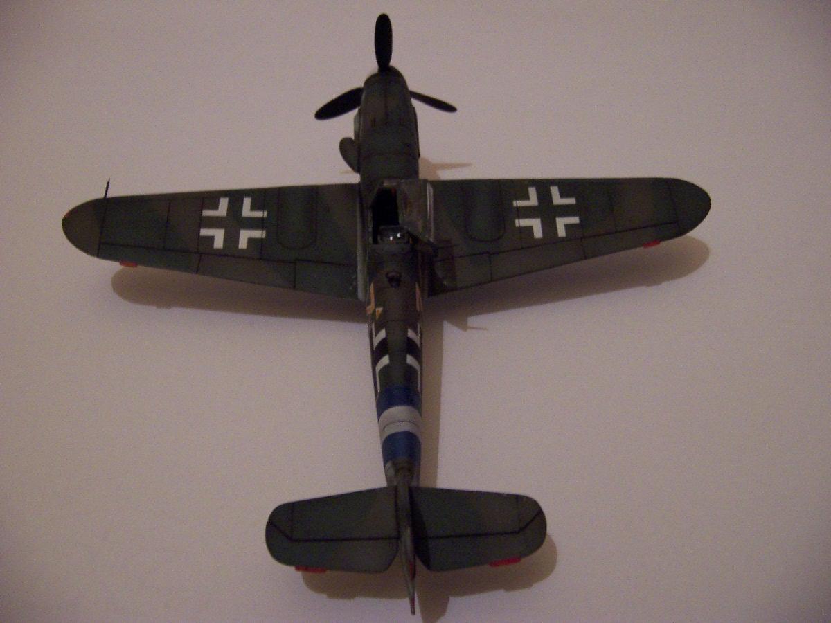Mesherssmitt ME BF-109 G-10  (6)