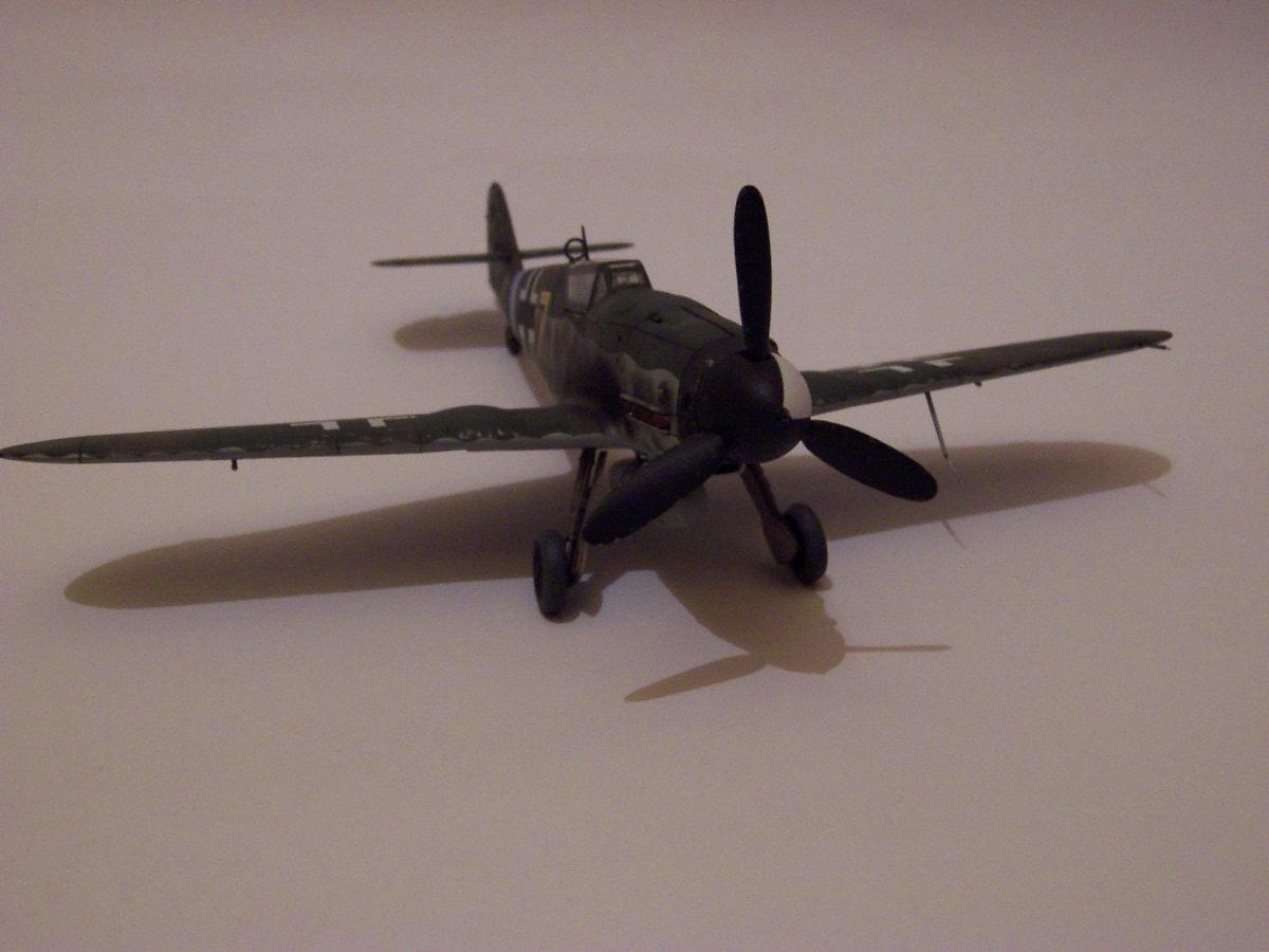 Mesherssmitt ME BF-109 G-10  (3)
