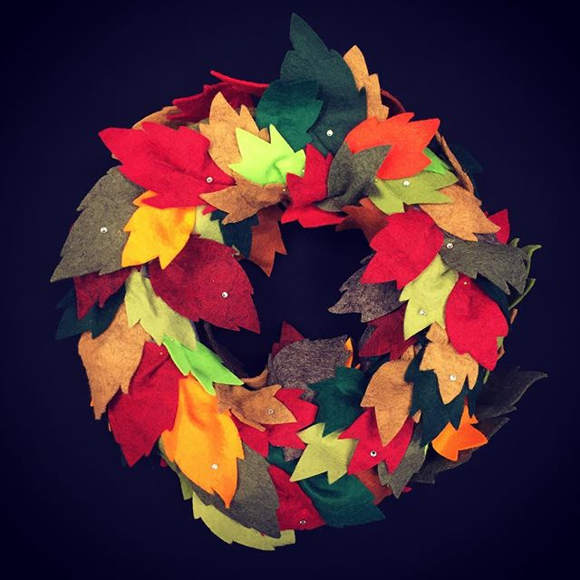 Autumn felt wreath #feltcrafts #autumncolours🍂🍁 #handmade #blackhallyard #kendal #englishlakedistr
