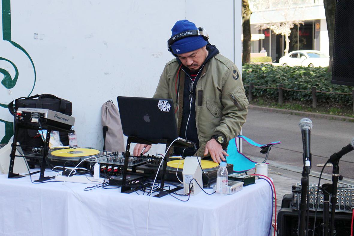 DJのお兄さん_0076