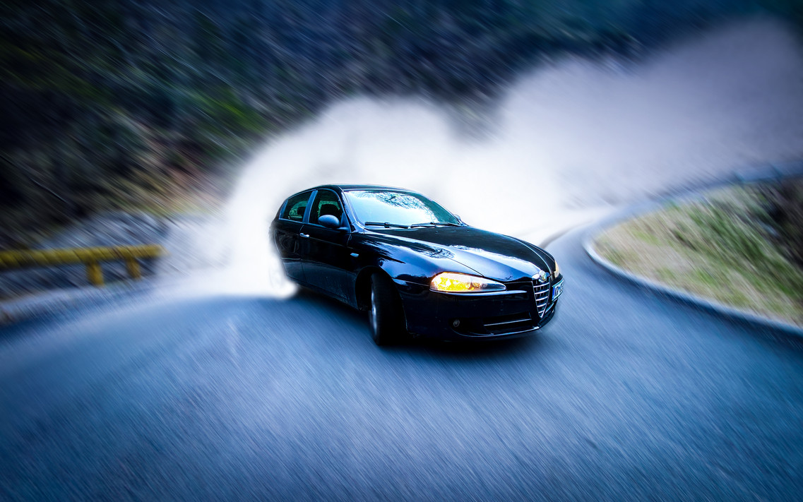 Drifting Alfa Romeo 147