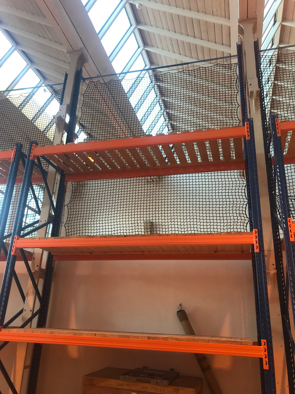 Pallet racking nets