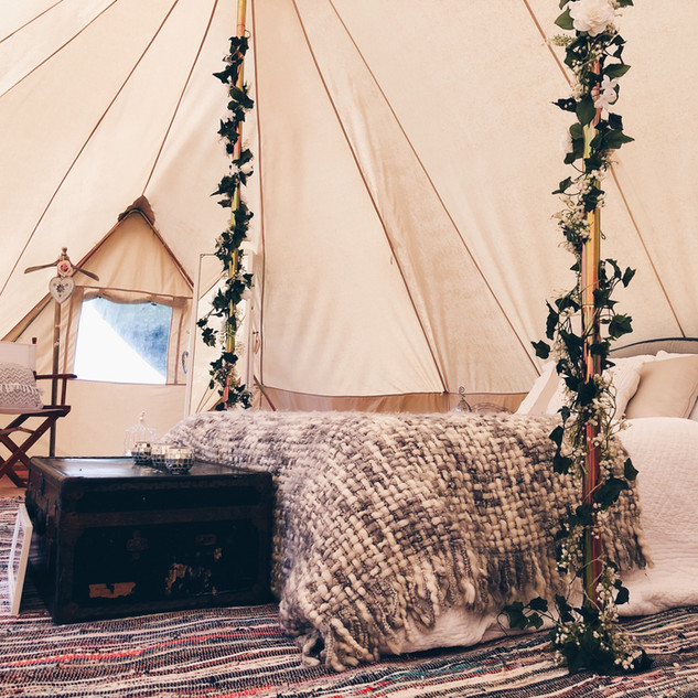 glamped up emperor tent bell tent hire s