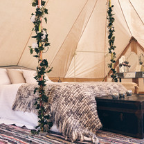 glamped up bell tent hire emperor tent w