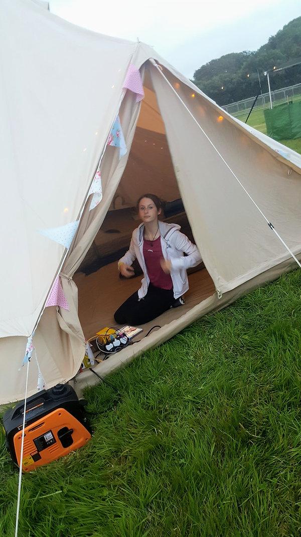 kids camping.jpg