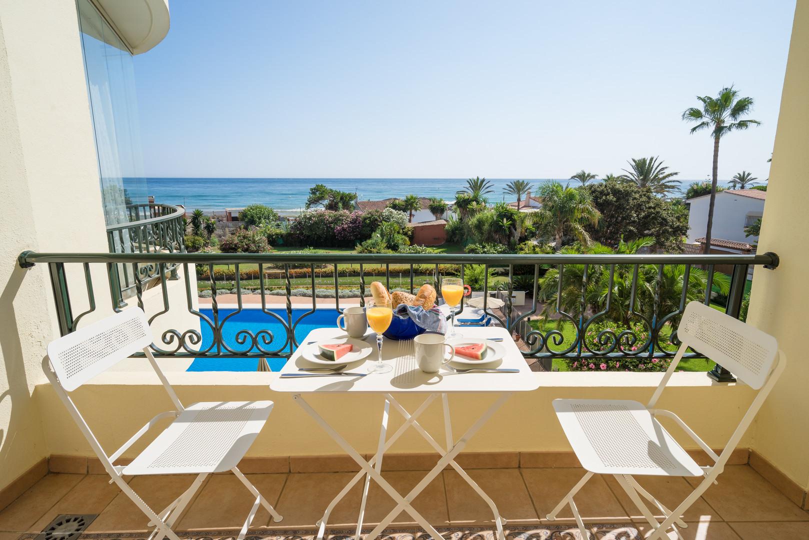 w54 breakfast beach next to Mariott.jpg