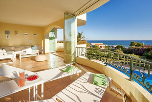 First line beach, panoramic sea views, XL pool open all year, walk to restaurants and shops, 3 bedrooms