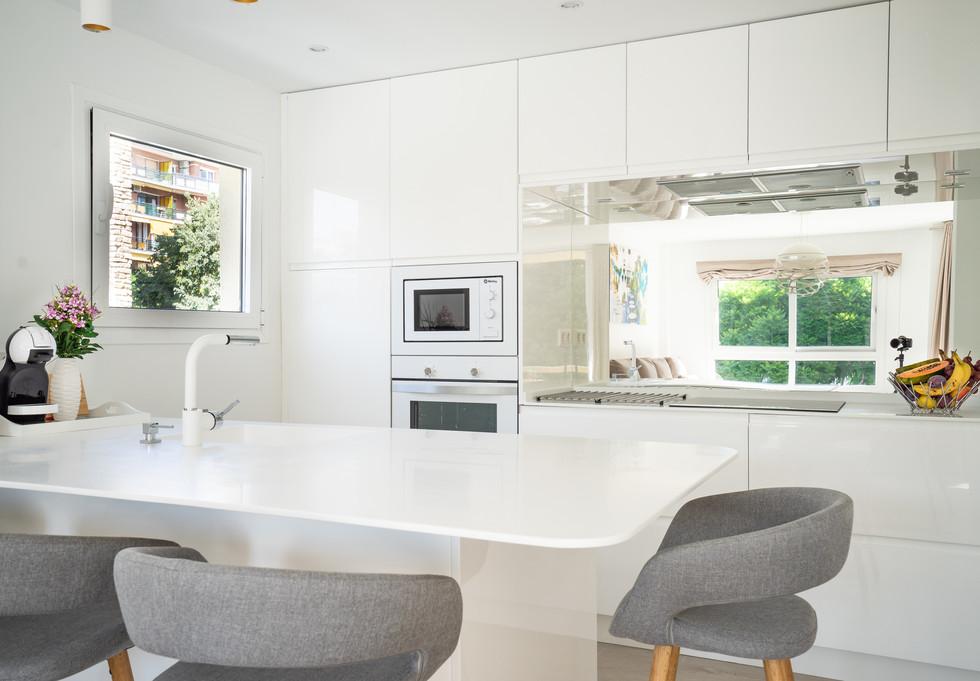 44 marbella piso luminoso centro cocina