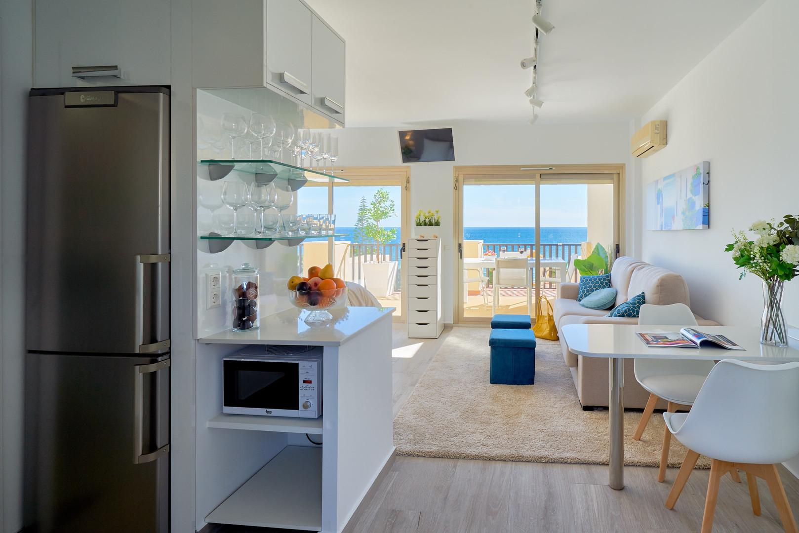 201 entry kitchen romana playa penthouse
