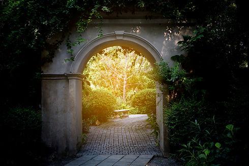 curved entrance.jpg