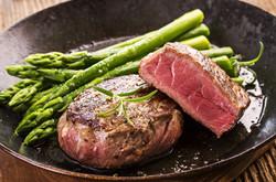 steak with green asparagus.jpg