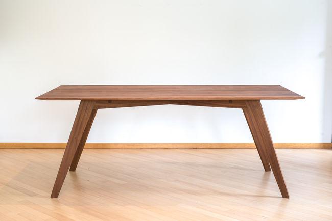 1810-Tafel en stoelen-01.jpg