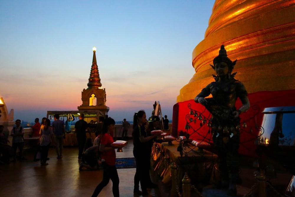 Loy Krathong Wat Saket