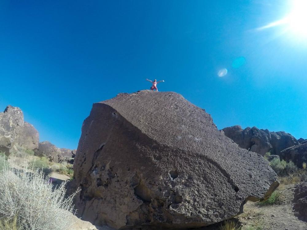 Bouldering Bishop Heavenly Path