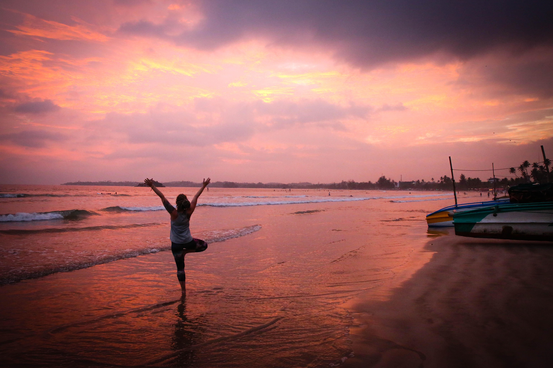 sri lanka surf yoga retreat