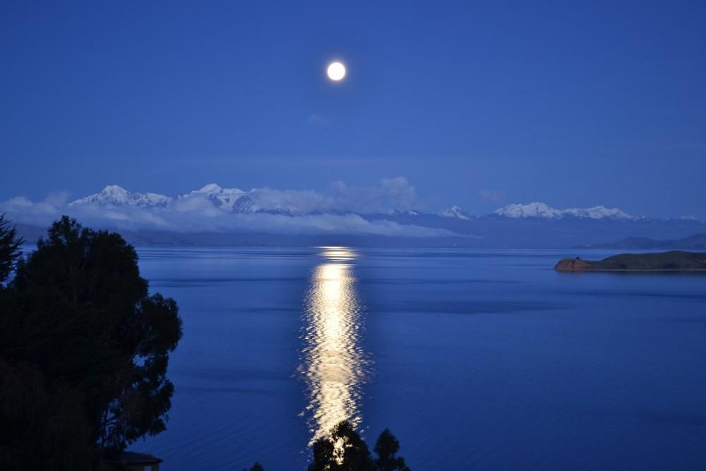 Isla del Sol in Lake Titicaca - Backpacking Bolivia