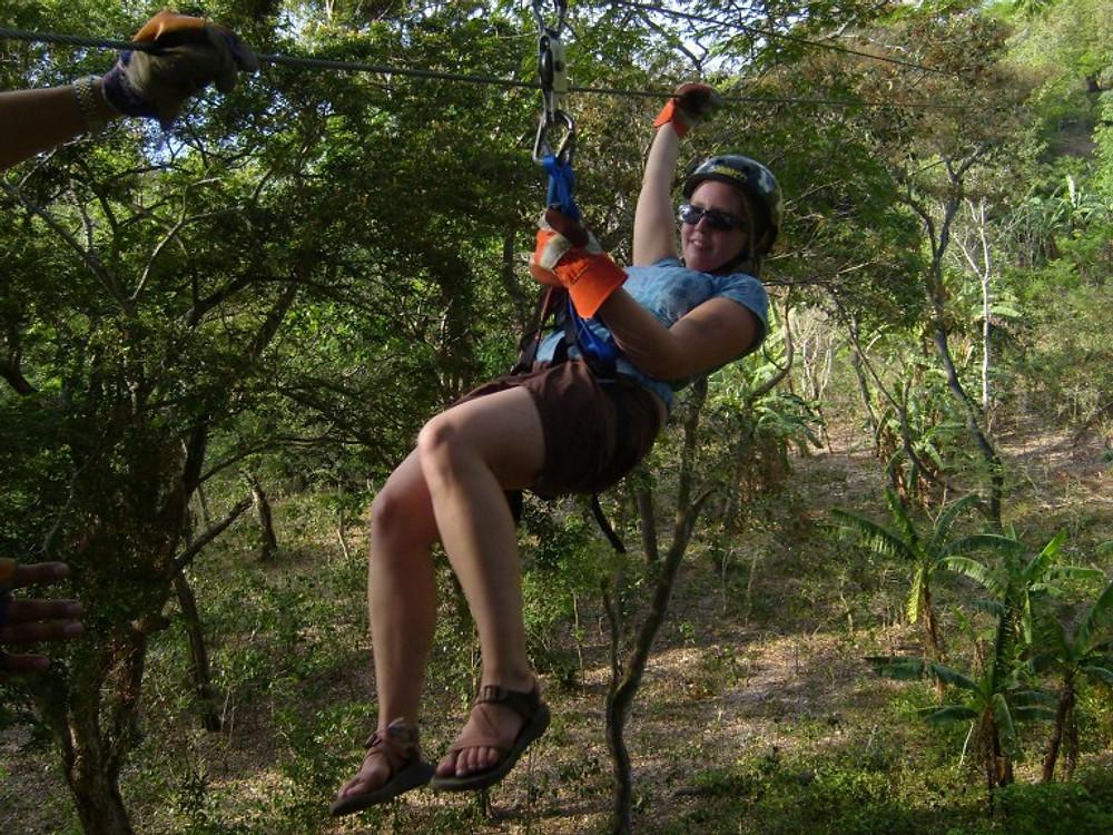 Granada Zipline Tour - Volcan Mombacho, Nicaragua