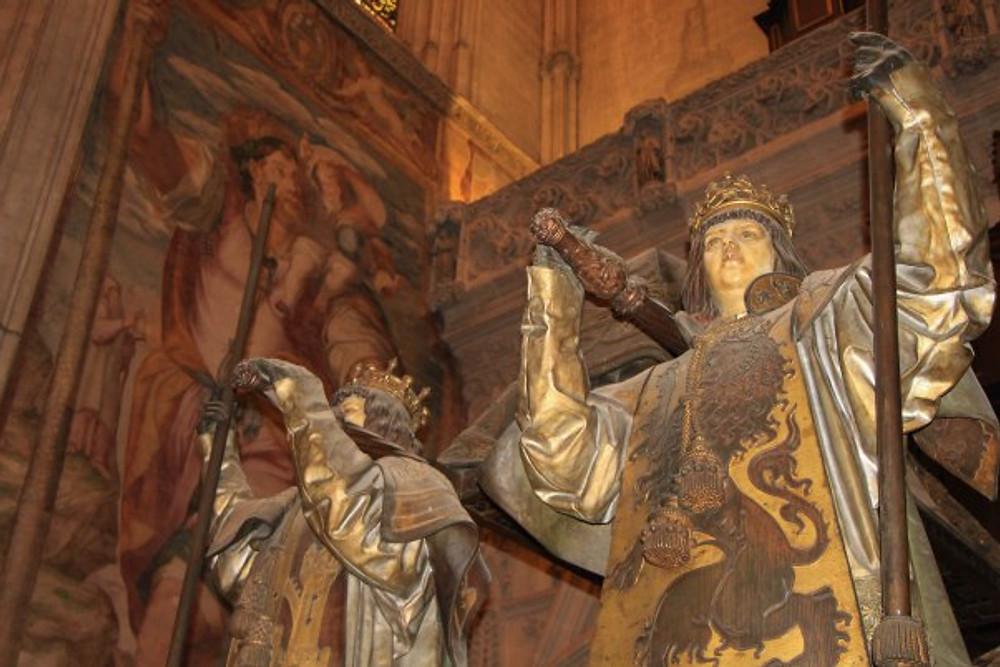 Cristobal Colon aka Christopher Columbus is buried here