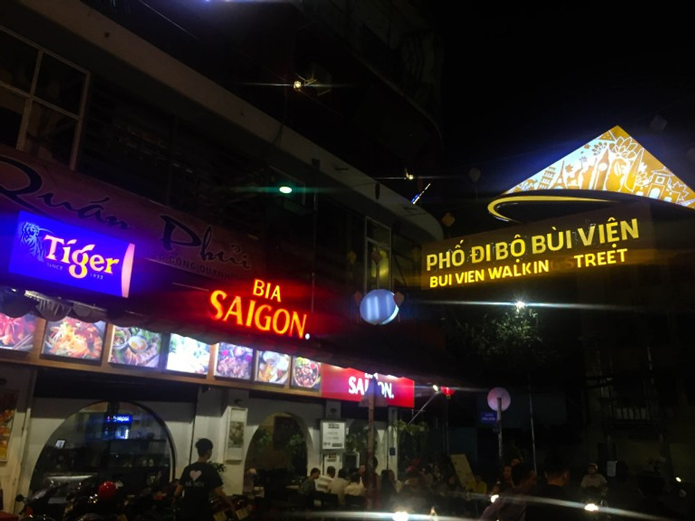 Ho Chi Minh City - Vietnam Motorbike Madness in Saigon