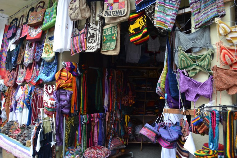 Lago de Atitlan shopping panajachel