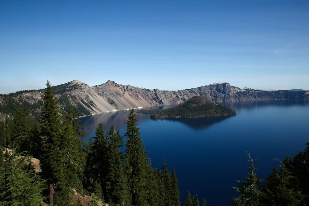 crater lake wizard lsland