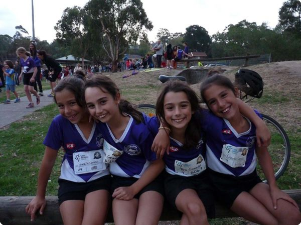 Girls_u9_Isabelle_Tarraa_Rata_and_Claudia_aths0703_026_copy-761-600-450-80-rd-25