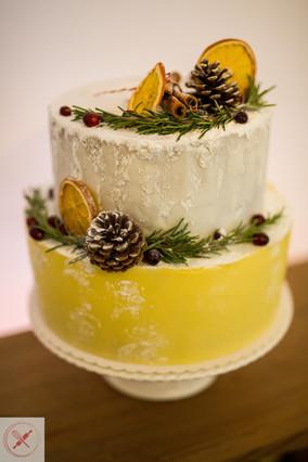 Christmas - Winder wedding cake