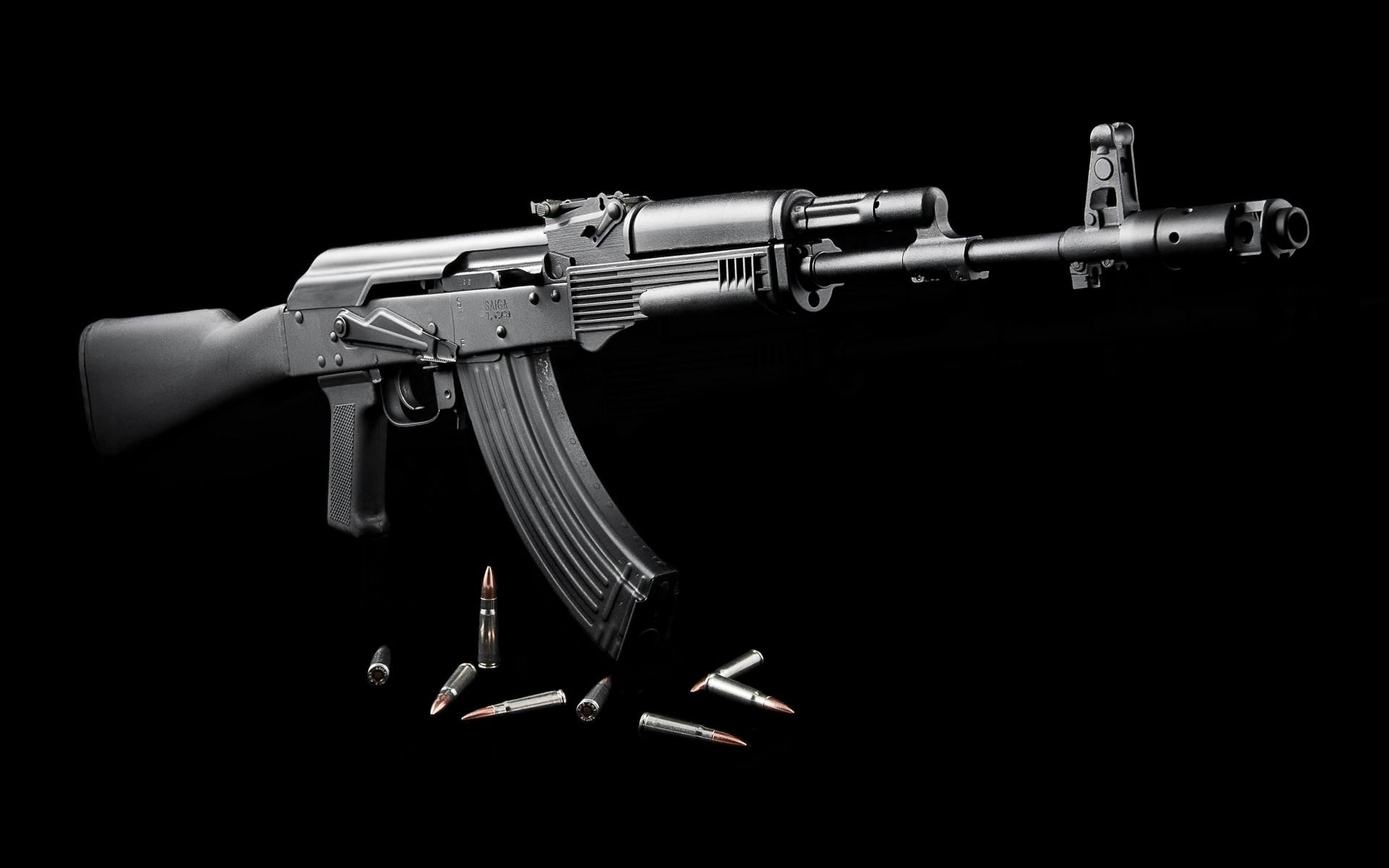 ak_47_assault_rifle_18_02_2013_picture_ak47_hd-wallpaper-1361975