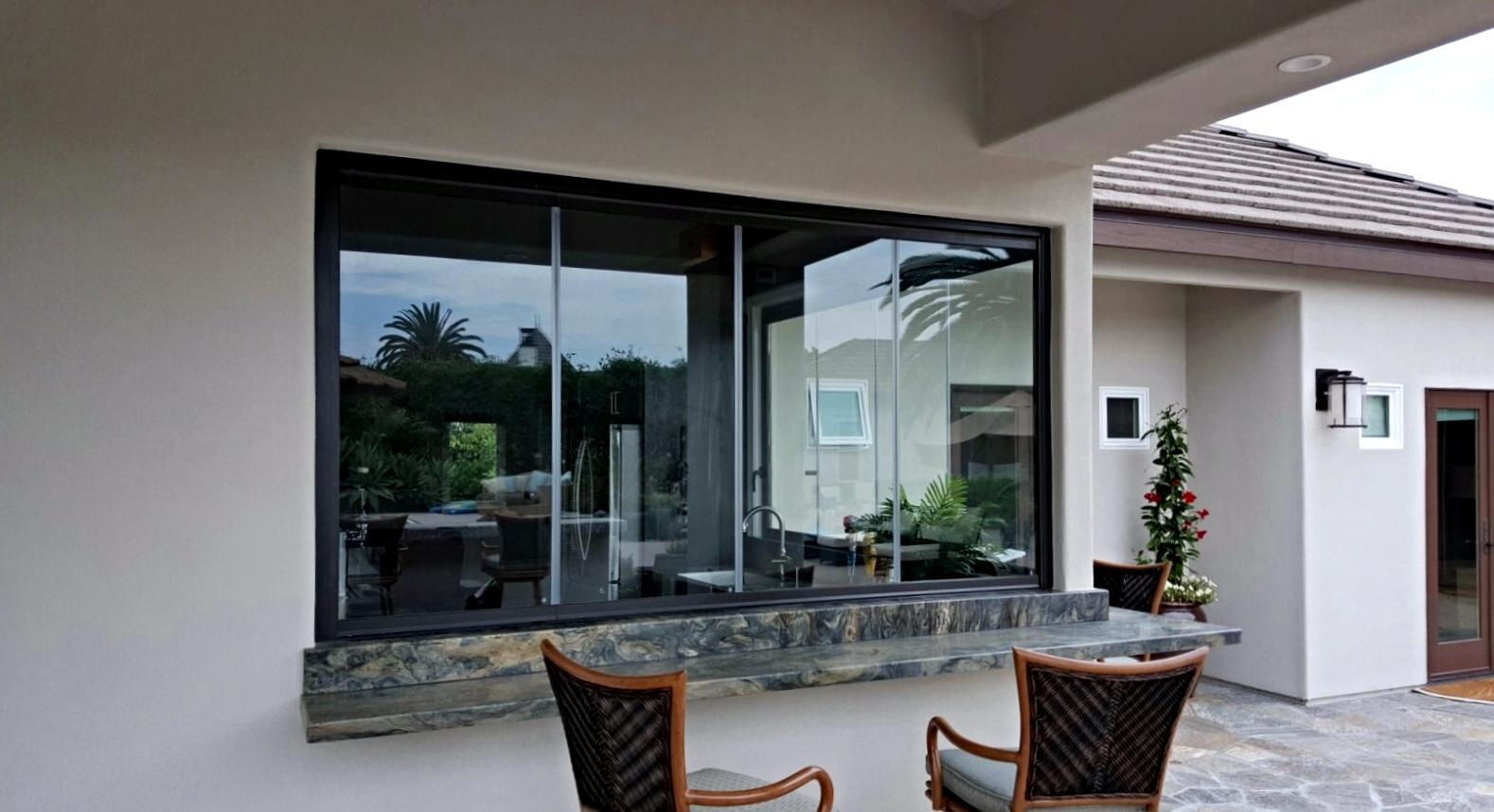 Premier Frameless Folding Windows