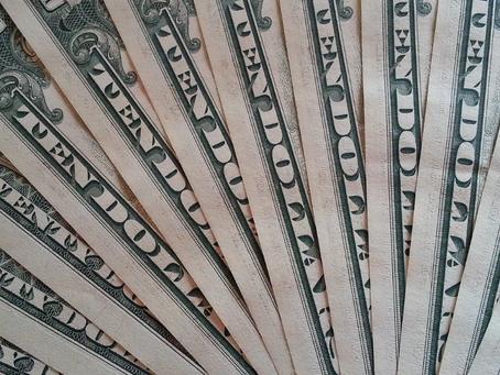 Porque a cotação do dólar subiu tanto?