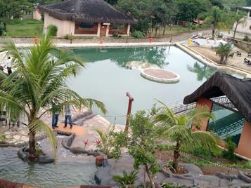 Vila Velluti Hotel de Campo, SPA & Convenções: Hotel Fazenda com Natureza Exuberante