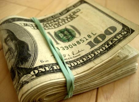 Vantagens e desvantagens do Dólar em Espécie, cartão Pré Pago e Cartão de Crédito