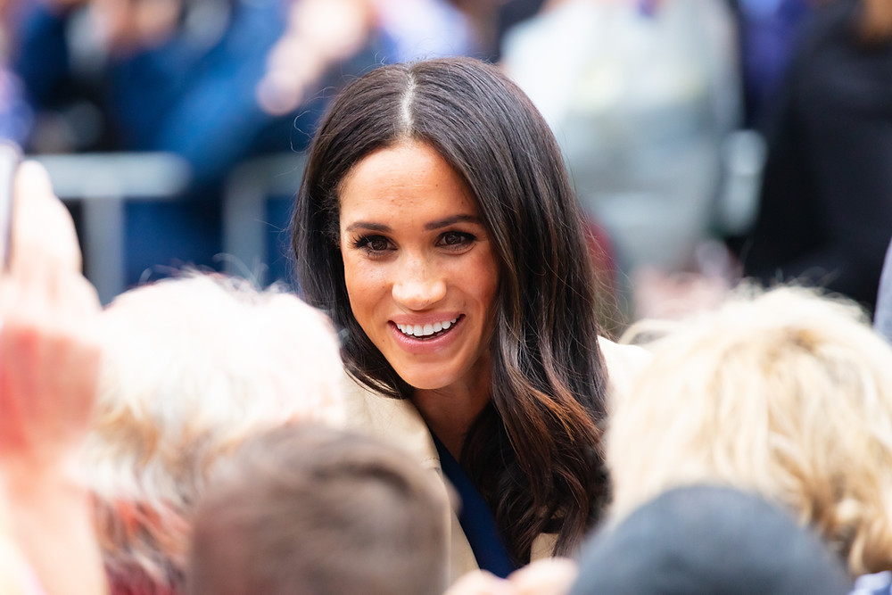 Meghan Markle Smiling at crowd